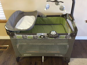 Graco Playard with changing Napper