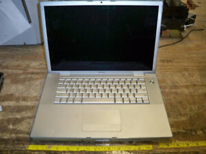 "MACBOOK PRO 15"" POUR PIECE/   FOR PARTS"