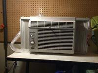 Air conditioner (5000 btu)