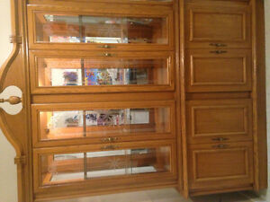 Display hutch and storage