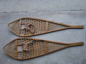 SNOW  SHOES  -  14  x  48  INCHES  -  SNOWSHOES