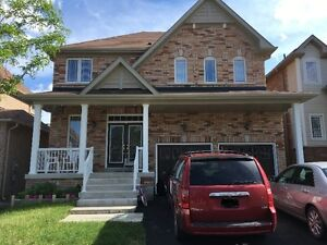 House for Rent in Simcoe Landing Keswick