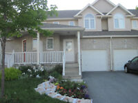 Beautiful 3 BDRM Townhome near CFB Kingston Open Viewing Today