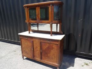 Vintage/Antique Kitchen Hutch