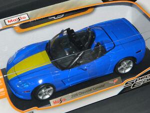 Maisto 1/18 2005 Chevrolet Corvette Convertible Diecast Car Blue