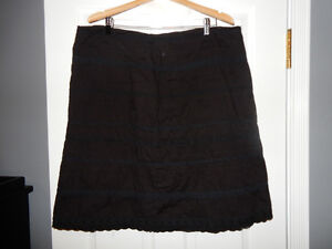 Pennington's, Black Skirt, Size 18