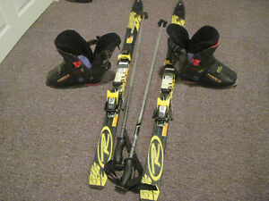 Junior downhill skis, boots, poles