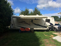 5th wheel Summit Ridge Travel Trailer