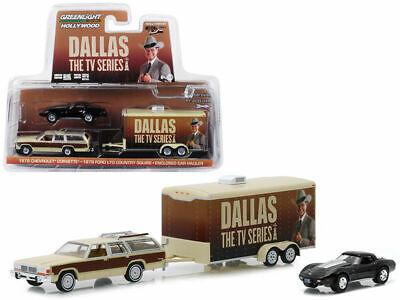 Greenlight 1978 Chevrolet Corvette - 1979 Ford LTD Country Squire - Dallas 1/64