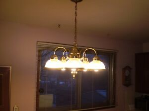 5 ARM BULB BRASS CEILING HANGING LIGHT FIXTURE $20.