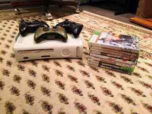 Xbox 360 - 13games, 3 controllers & Kinect