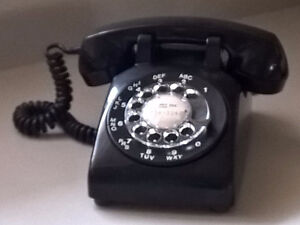 "Vintage Black "" Northern Electric"" Rotary Dial Telephone."