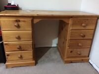 Pine wood dressing table