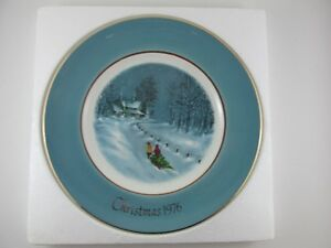 "Vintage Avon Christmas Plate ""Bringing Home The Tree"" 1976"