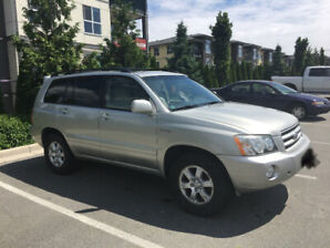 2002 Toyota Highlander SUV -leather seats - sunroof - low milage