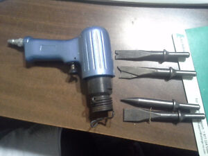 AIR PNEUMATIC HAMMER  WITH ACCESSORIES