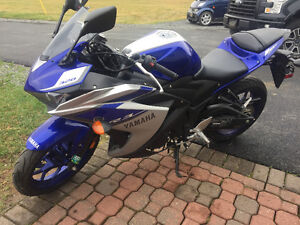 2015 YFZR3F SPORT BIKE ( DEPOSIT ON HOLD  )