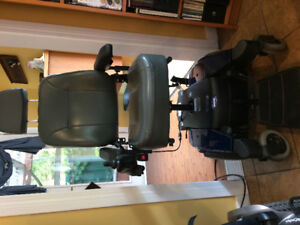 Special Uplifting Invacare Power Chair