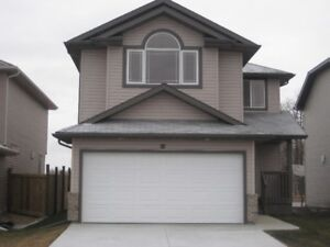 AVAILABLE 1 MAY...STUNNING TWO STOREY IN SPRUCE GROVE