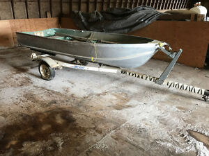 12 foot Gamefisher aluminum Boat with motor and trailer