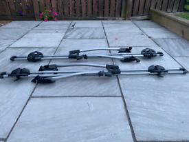 THULE bike roof rack carrier x 2