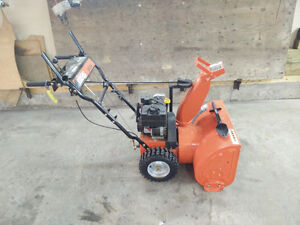 Ariens 5524 snowblower like new condition, made in the USA
