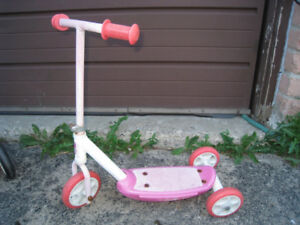 Small Kids Scooter