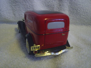 Collectable Antique - Canadian Tire Die Cast 1934 Ford Sarnia Sarnia Area image 2