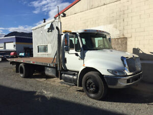 2007 international 4300 21ft Century Rollback Tow truck