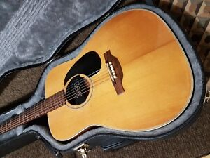 YAMAKI DELUXE ACOUSTIC ELECTRIC GUITAR