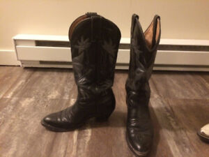 Ladies black boulet cowboy boots