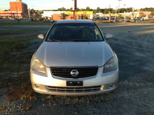2005 Nissan Altima 4dr Sedan V6 3.5 SE