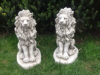 Pair stone garden lion statues, fantastic detail. New