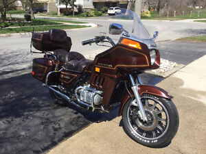 Vintage Goldwing in great condition but needs some new parts