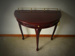 VINTAGE DEMILUNE HALL TABLE WITH QUEEN ANNE CABRIOLE LEGS