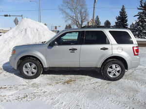 2009 Ford Escape XLT SUV*LOW KM'S*AWD*REMOTE START*