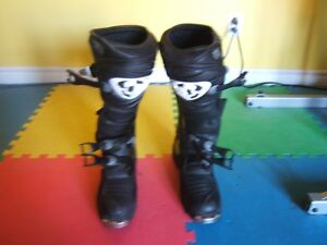 Thor size 12 riding boots