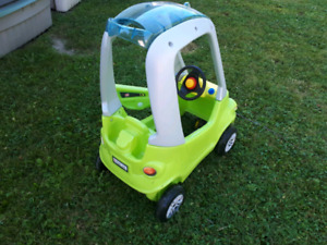 PLAY CAR  VERY GOOD CONDITION