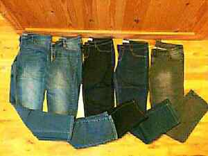 10 Pairs of Skinny Jeans