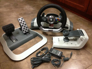 NEW Xbox 360 Wireless Racing Wheel with Force Feedback