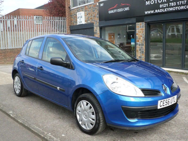 2006 renault clio 1 2 16v 75bhp expression 5dr 56 reg petrol blue in sheldon west. Black Bedroom Furniture Sets. Home Design Ideas