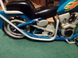 TRADE FOR COR OF FIREWOOD-(DISPLAY) MODEL OF OC CHOPPER MOTORCYC