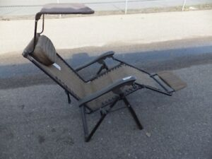 FOR SALE Lawn Chair with fold up canopy & pillow – brown/beige.