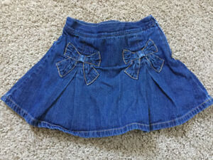 Adorable Gymboree Skort! Size 4T - Adorable for holiday pictures