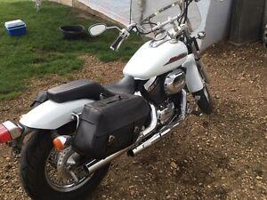 2001 Honda Shadow Spirit 750
