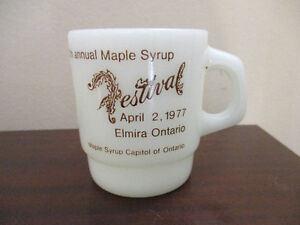 Anchor Hocking/Fire King Mug Elmira Maple Syrup Fest. 1977 Kitchener / Waterloo Kitchener Area image 2
