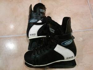 CCM Intruder SL-1000 Men skate size 9