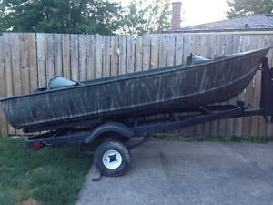 Camo boat with trailer
