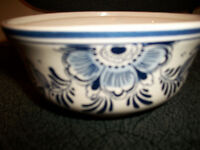 Moving - Delft Blue handpainted Holland Jumbo Bowl