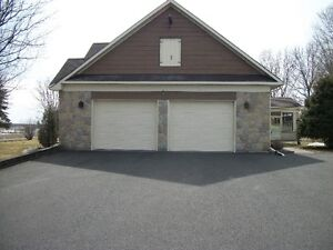 REDUCED PRICE A BEAUTIFULL RANCH STYLE HOME IN ALEXANDRIA ONTARI West Island Greater Montréal image 5